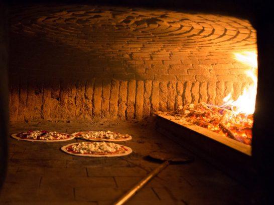 villa-sermolli-gallery-pizza-forno-1023x767-1-1